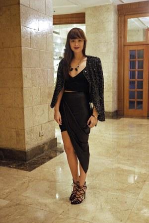 black Louis Vuitton bag - black Zara heels