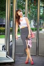 black Alexias Cloud skirt - bubble gum balenciaga bag - white zoo top