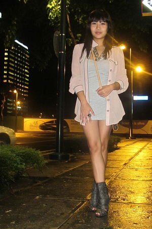 pink Zara blouse - gray River Island boots - gray Forever 21 dress