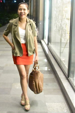 red H&M skirt - green random from Hong Kong blazer - beige Guess shoes - beige G