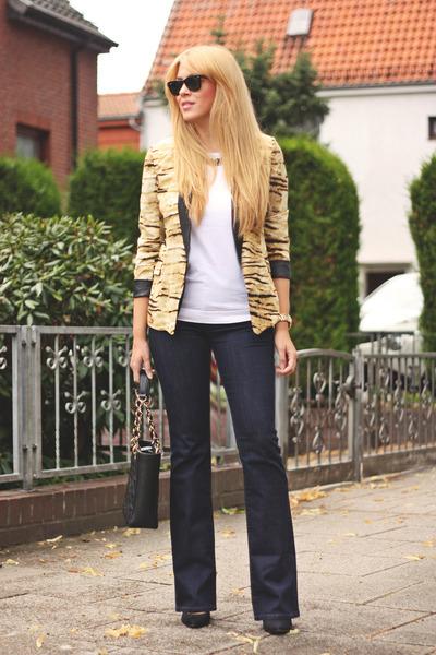 camel animal print chicnova blazer - navy boot cut Esprit jeans