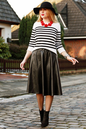 black Zara shoes - white Primark sweater - black Choies skirt
