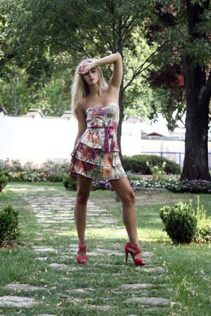 floral print Bershka dress - Mango sandals