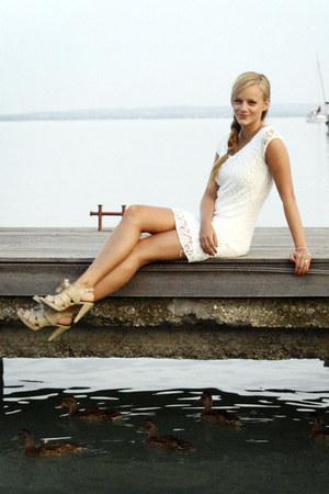 off white lace ebay haul dress - tan Deichmann sandals