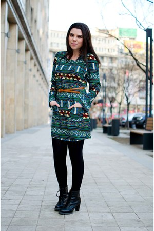 black Lovely shoes boots - green romwe dress
