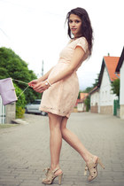 peach lace H&M dress - periwinkle leather Jane Shilton bag
