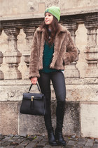light brown faux fur asos coat - black ankle boots new look boots