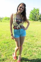 aquamarine high waisted H&M shorts - yellow new look shirt