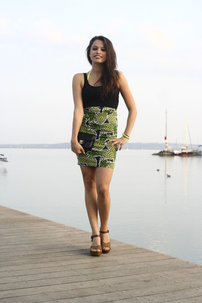 yellow h&m divided skirt - black Chanel bag - brown Bata heels - black H&M top