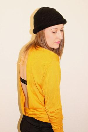 mustard acne sweater - black vintage hat - black asos flats