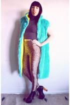 aquamarine faux fur vintage 90s vest - black lita Jeffrey Campbell boots