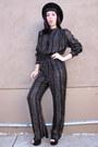 Black-metallic-vintage-jumper