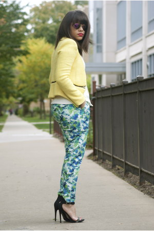 Zara blazer - Ray Ban sunglasses - Forever 21 pants - Akira top