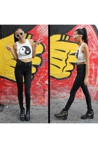 white crop dragonberry top - black ankle boots Top Shop boots