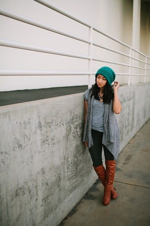 burnt orange boots - charcoal gray jeans - teal hat - heather gray top
