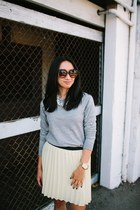 heather gray sweater - light yellow skirt - black heels