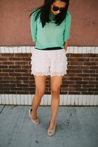 aquamarine top - ivory lace shorts