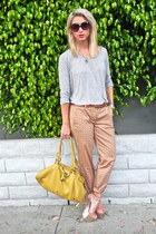 gold Steve Madden heels - heather gray oversized wilfred shirt