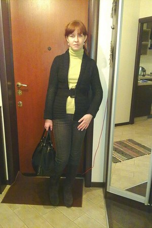 dark brown boots - dark gray Escada Sport jeans - lime green wool Woolmark sweat
