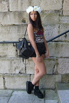 black BLANCO bag - black pull&bear shorts - brown vintage t-shirt