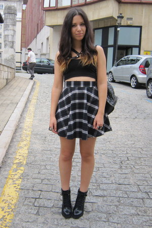 blue New Yorker skirt - black Zara boots