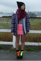 pink Bershka skirt