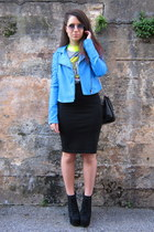 turquoise blue Nasty Gal jacket - heather gray Stradivarius t-shirt