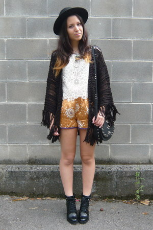 black Zara boots - black Mango bag - orange Zara shorts - ivory H&M top