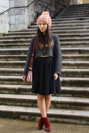 maroon Zara shoes - maroon Zara purse - black Mango skirt