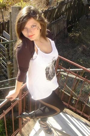 white kenvelo t-shirt