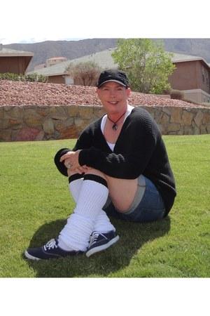 Keds shoes - v-neck Urban Outfitters sweater - white Loose Socks socks