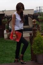 Chockers heels - skinny cropped Zara jeans - neon perspex Kurt Geiger bag