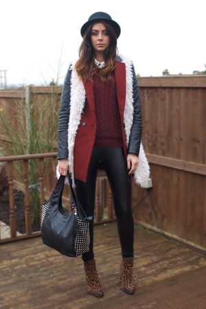brick red Internacionale coat - bronze Zara boots - maroon H&amp;M sweater