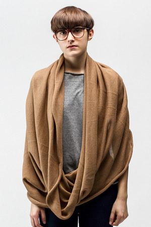 ELEMENTUM scarf
