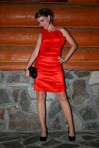 red Forever 21 dress - black me too shoes - black swarovski bracelet