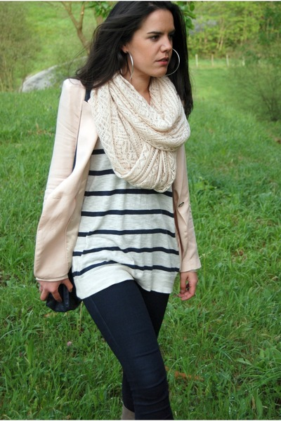 white H&M sweater - light pink Zara blazer - light pink H&M scarf - navy pull&be