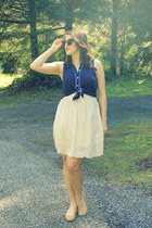 navy polka dot Forever 21 blouse - brown modcloth sunglasses - nude Target flats