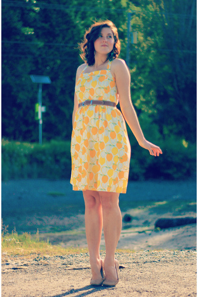 yellow lemon-print self-made dress