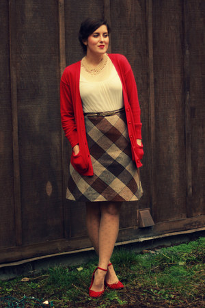 Dark Brown Thrifted Plaid Skirt | Chictopia