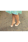 Teal-vintage-dress-white-thrifted-heels