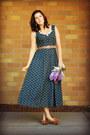 Forest-green-floral-print-bridgetown-vintage-dress-brown-thrifted-heels