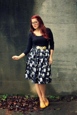black swan print choiescom skirt - black thrifted shirt