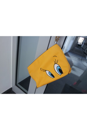 looney tunes Zara bag