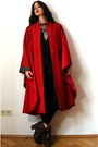 Red-wool-lagenlook-vintage-cape-dark-gray-denim-7fam-jeans