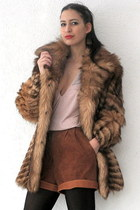 light brown vintage coat - tawny vintage shorts - peach deep v beaded vintage to