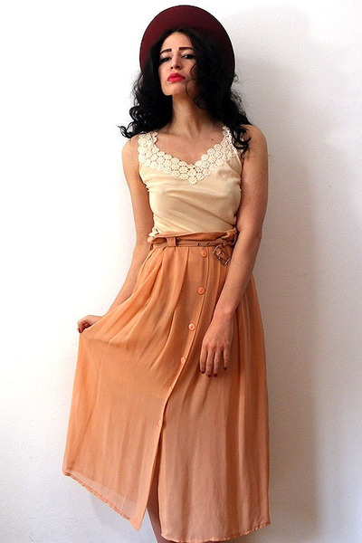 nude vintage skirt - brick red felt vintage hat - ivory vintage top
