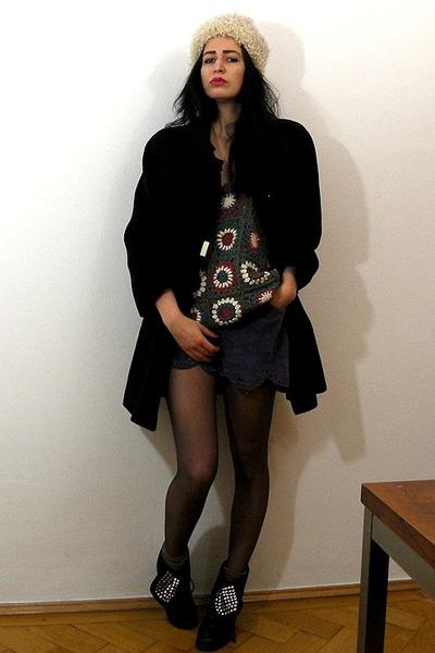 black cashmere vintage coat - cream curly lamb vintage hat