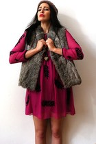 tan angora knit vintage hat - hot pink fan embroidery Chloe dress
