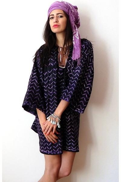 deep purple vintage dress - amethyst flea market scarf
