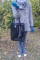Zara scarf - vintage coat - tresics pants - Bensimon shoes - scout gloves